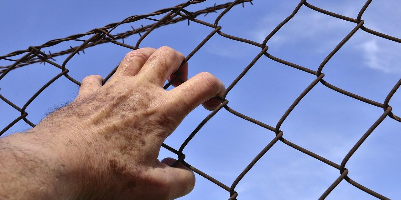 Corte irlandesa autoriza extradición a Estados Unidos de Gary Davis, vinculado a Silk Road
