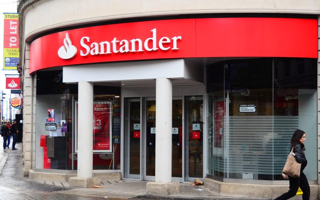 Santander agita la banca al elegir la blockchain de Ethereum