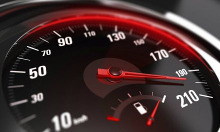 Industria de automóviles entra en la carrera tecnológica con certificación blockchain