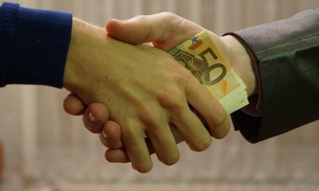 Polémica en el reembolso de DAO: fecha límite de retiro se extiende