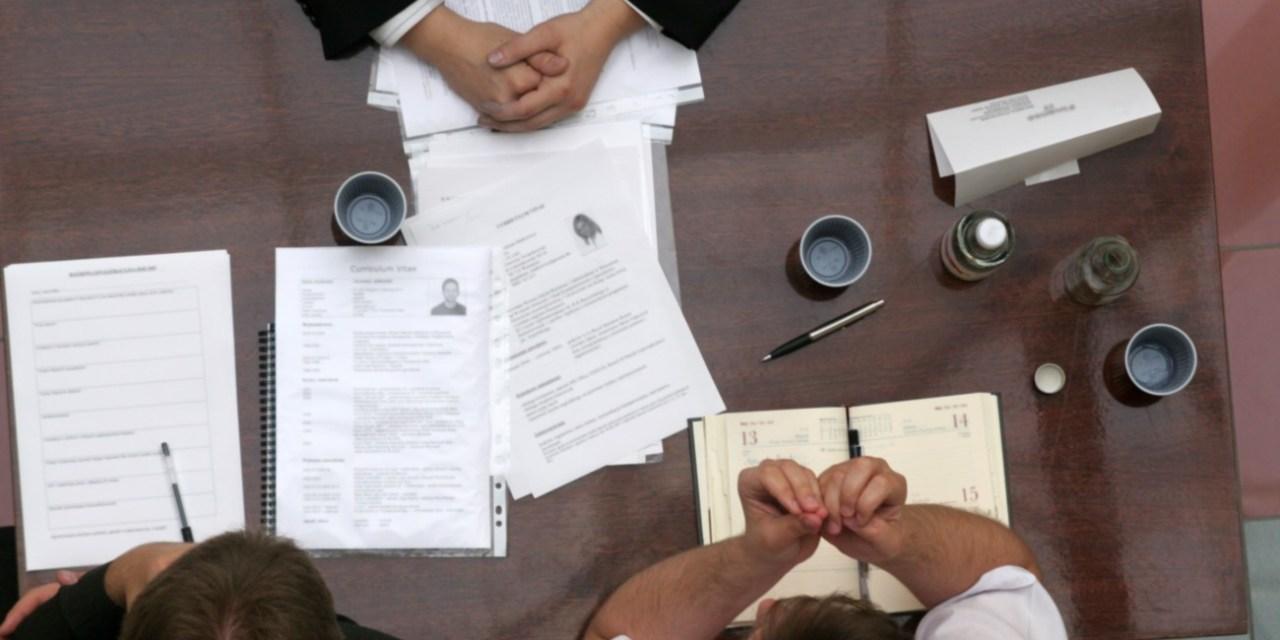 Gobierno de India establece un comité para examinar regulación de criptomonedas