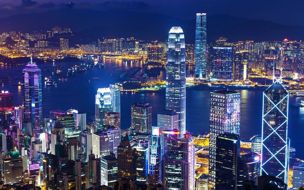 Hong Kong busca acelerar esfuerzos en fintech y blockchain