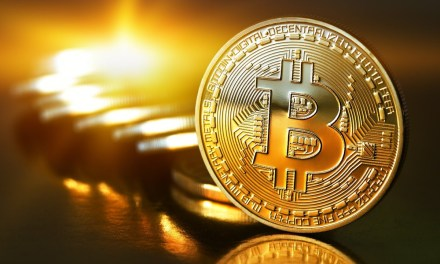 Bitcoin salta barreras de congestionamiento y escala los $1.900