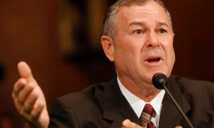 Congresista estadounidense plantea mayor control sobre criptoactivos para combatir crímenes financieros