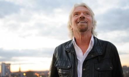 Multimillonario Richard Branson invierte en la compañía Blockchain
