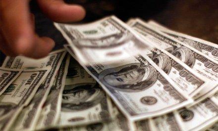 Divisas en Venezuela: entre el dólar paralelo y bitcoin