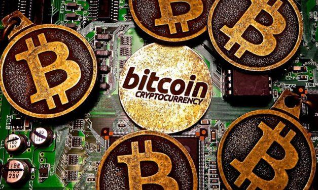 Los gobiernos del mundo le han declarado la guerra a Bitcoin, según McAfee