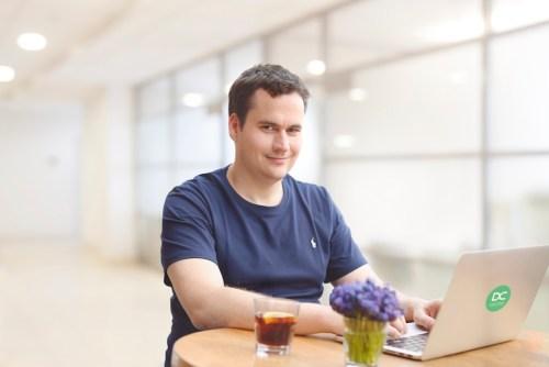 Matej Michalko DECENT criptomoneda