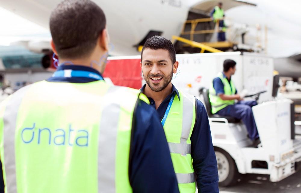 Aerolínea de Dubái prueba blockchain para monitorear transporte de carga