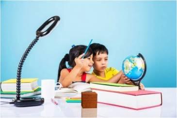 Niños-Estudiando-Relato-Libros