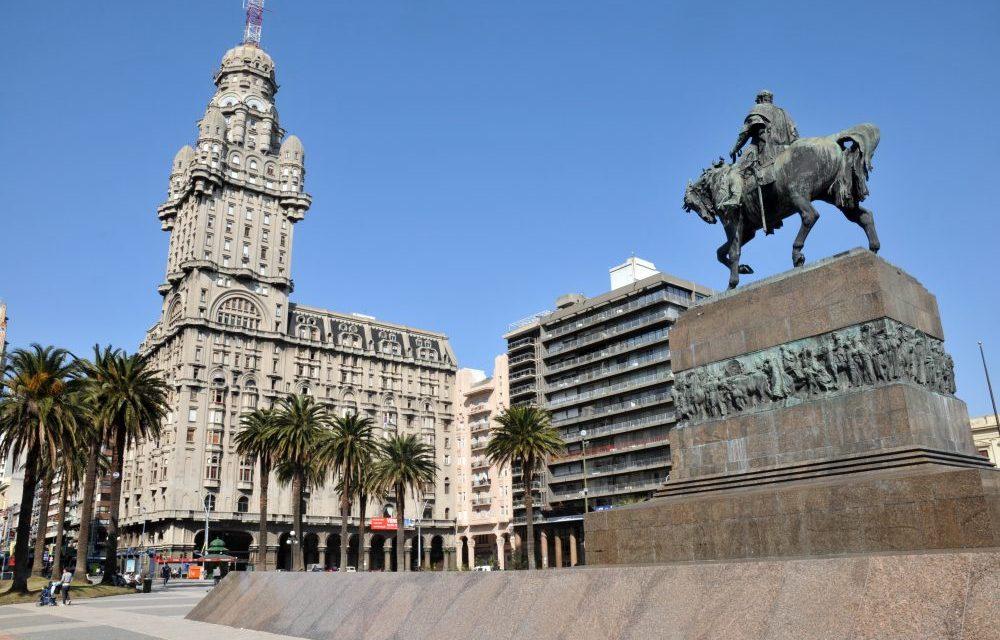 Presidente del Banco Central de Uruguay: bitcoin no es competencia para las monedas nacionales