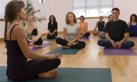 Charlas sobre Bitcoin y criptomonedas mientras practicas yoga: ¿relajante?