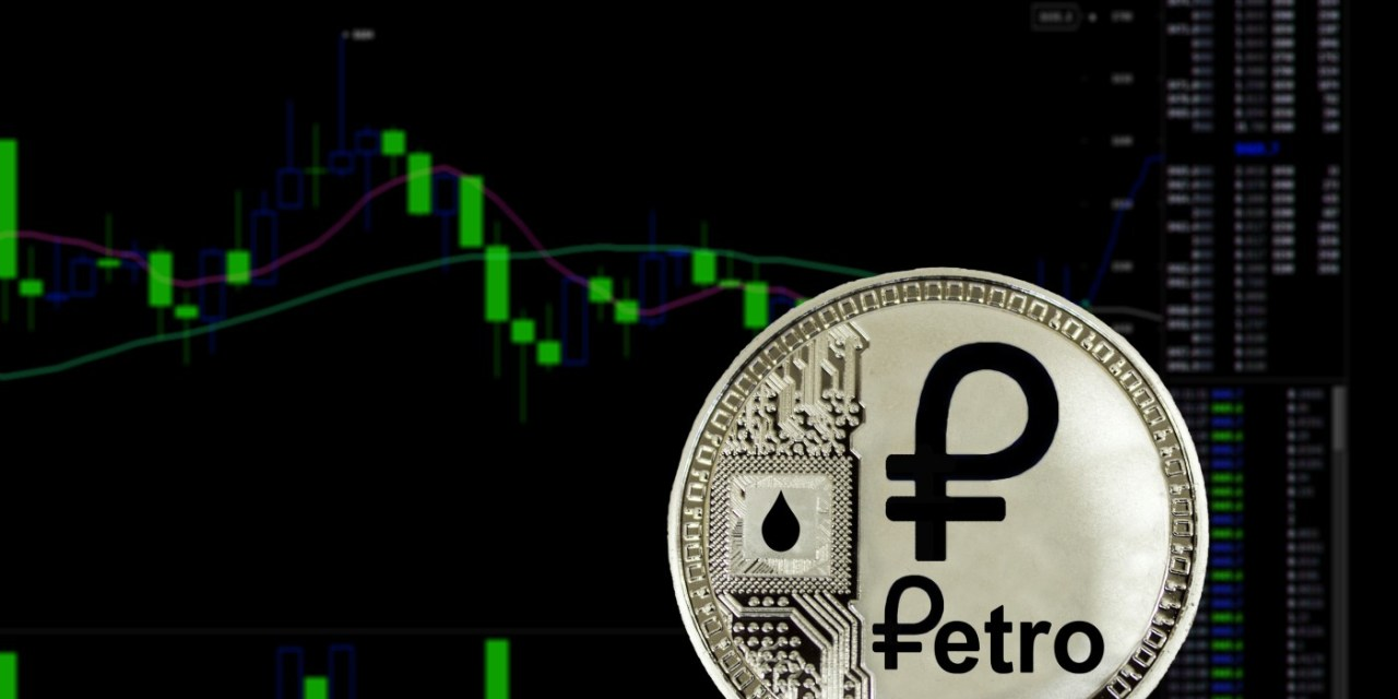 Venezuela ofrece descuento de 30% a India por crudo comprado con Petro