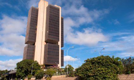 Bolsonaro propone un partidario de criptoactivos para presidir el Banco Central de Brasil