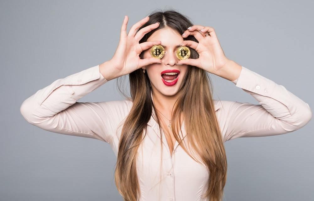 Mujeres mileniales de EEUU rezagadas en inversión en criptomonedas, según estudio