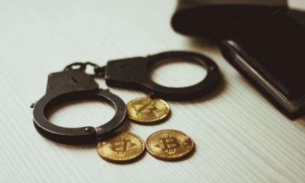 Arrestan a oficial de inteligencia de Francia por vender datos confidenciales en bitcoins