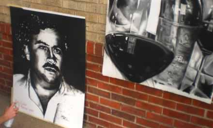 Hermano de Pablo Escobar creará un criptoactivo para impugnar a Donald Trump