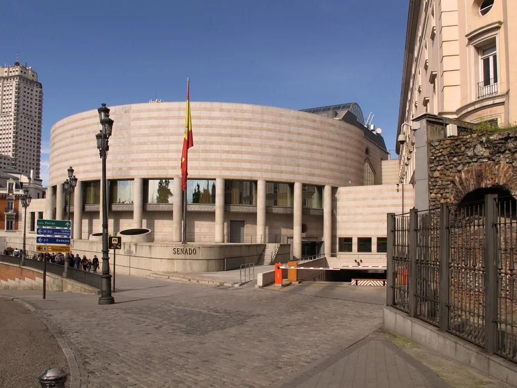 Parlamento de España sostiene discusiones en relación a iniciativas de tecnología Blockchain