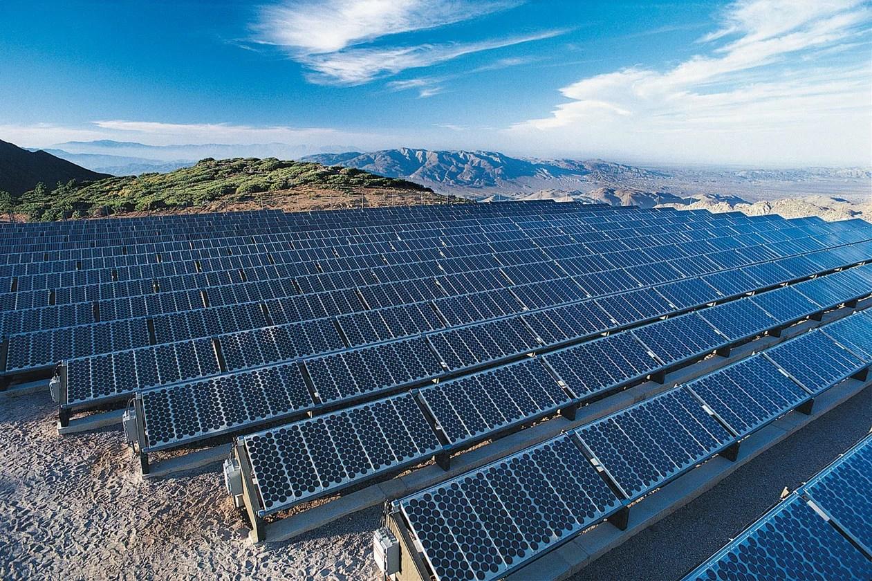 Australia podria ver la primera granja de mineria de Bitcoin con energia solar