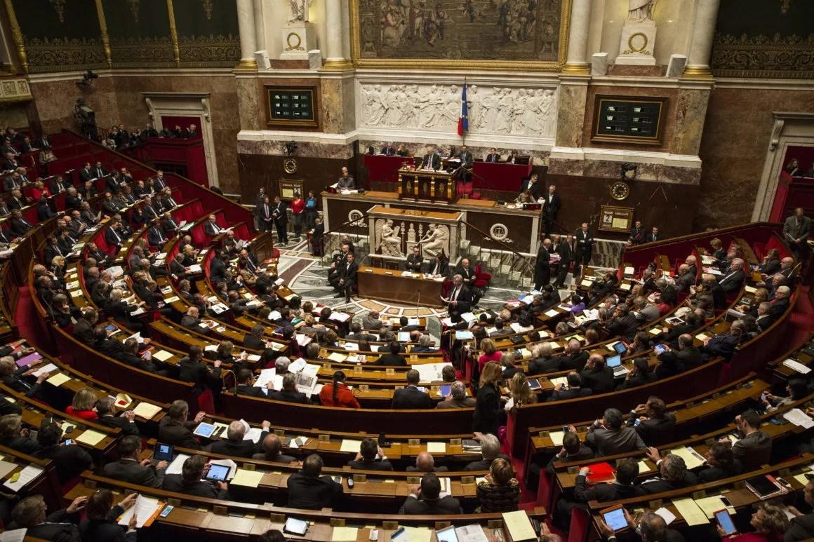 Parlamentarios de Francia quieren que el país invierta 500 millones de euros para forjar un liderazgo en blockchain