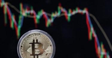 short bitcoin