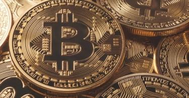 Bitcoin stabile in zona $8.000