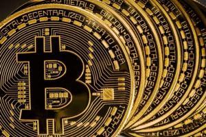 Un assist per Bitcoin arriva dal Governo Italiano