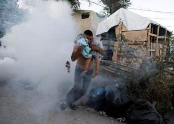 Προσφυγικό-Λέσβος: Ρίχνουν με πλαστικές σφαίρες κατά διαδηλωτών 22