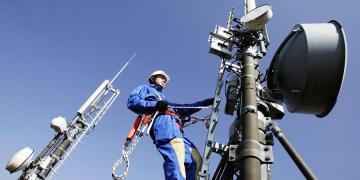 Deal 400 εκατ. Vodafone-Wind: Κάνουν holding για τους σταθμούς βάσης 1