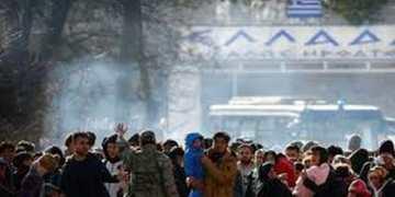 Ανάφλεξη με το προσφυγικό: Επεισόδια στον Έβρο, εξέγερση στο ΚΥΤ της Μόριας 1