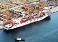 Γιατροί και λιμενεργάτες δεν ελλιμενίζουν κινεζικό πλοίο στον Πειραιά! 25