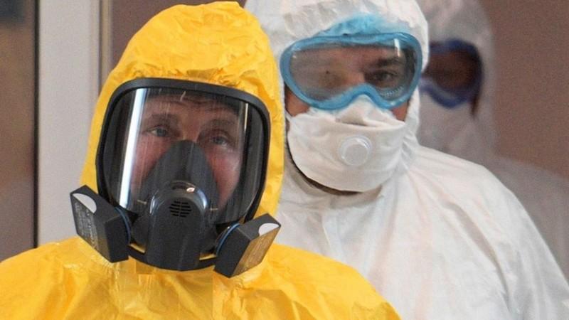 COVID-19: Η μάχη για το εμβόλιο και οι νάρκες Τραμπ 25