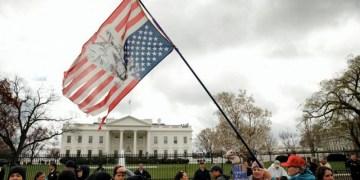 ΗΠΑ: Βγάζοντας (πολιτική) άκρη από το χάος.-Τραμπ, Twitter και Ζούκι πρωταγωνιστούν 1