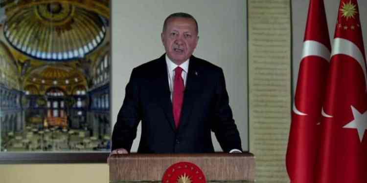 Μήνυμα Ερντογάν σε Σακελλαροπούλου για... ευημερία