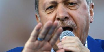 Tριπλή απάντηση και μηνύματα Ερντογάν στον Ντράγκι