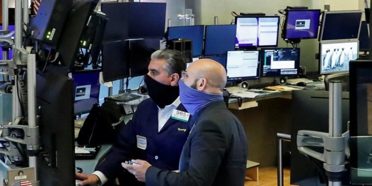 Χρηματιστήριο: Οργασμός διεργασιών και κλείσιμο κοντά στα υψηλά