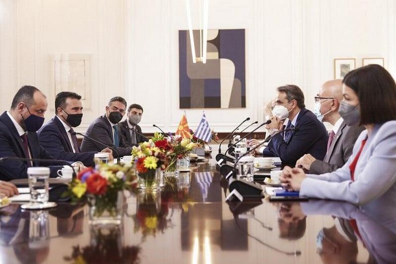 Συνάντηση Ζάεφ - Μητσοτάκη: Επικίνδυνοι χειρισμοί!