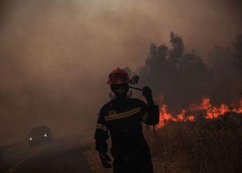Φωτιά, πυροσβέστης