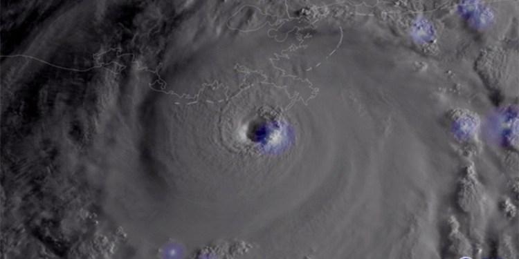 """ΝΟΑΑ: Ο ισχυρός τυφώνας """"Ida"""" που έπληξε τη Λουιζιάνα"""