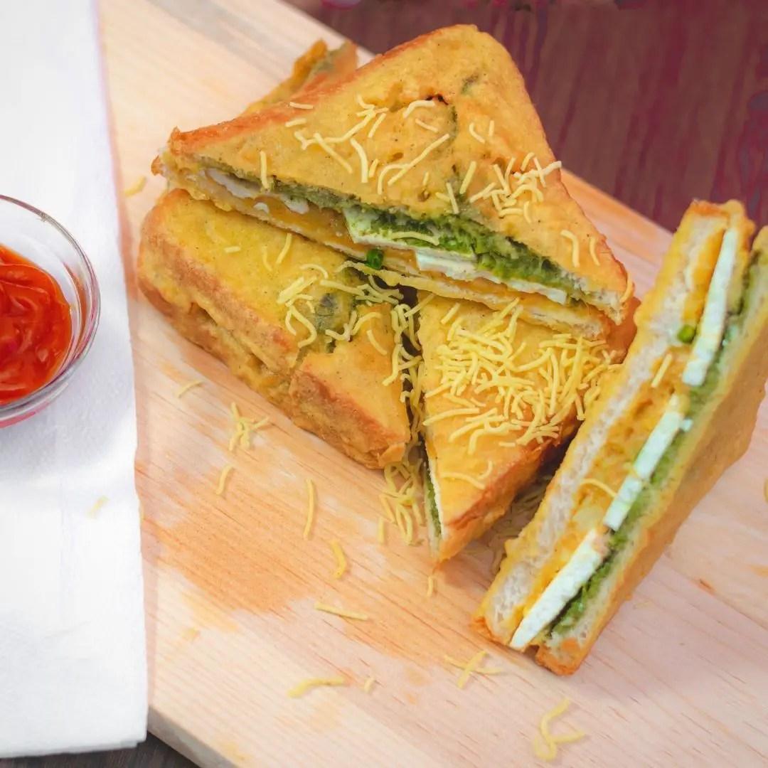 Street Style Bread Pakora