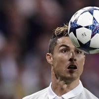 Messi dares to snub Cristiano Ronaldo!