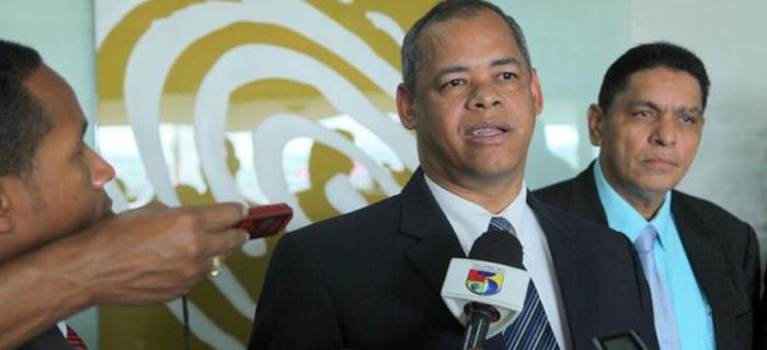 Pastor Fidel Lorenzo responde criticas sobre la lista de candidatos contrarios a valores morales