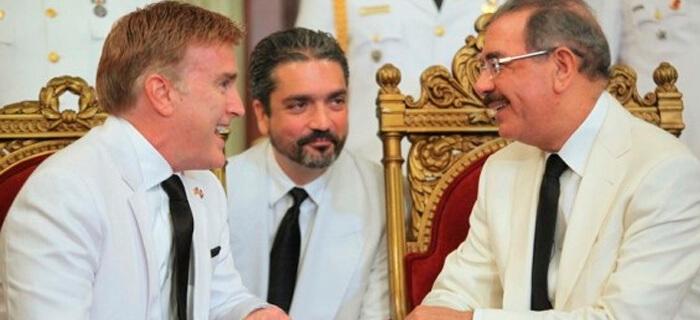 Dominicanos exigen a la Casa Blanca sacar de su país a su embajador homosexual