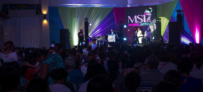 """(FOTOS) Conferencia Mujeres Sin Limites """"Yo Le Creo a Dios"""" @ Gurabito Country Club"""