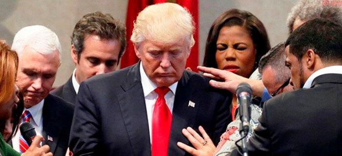Ateos le piden a Donald Trump que quite a Dios y las sagradas escrituras de su Discurso Inaugural