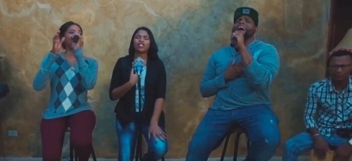 Tribu C – Muestra Hoy Tu Gloria (Acoustic)