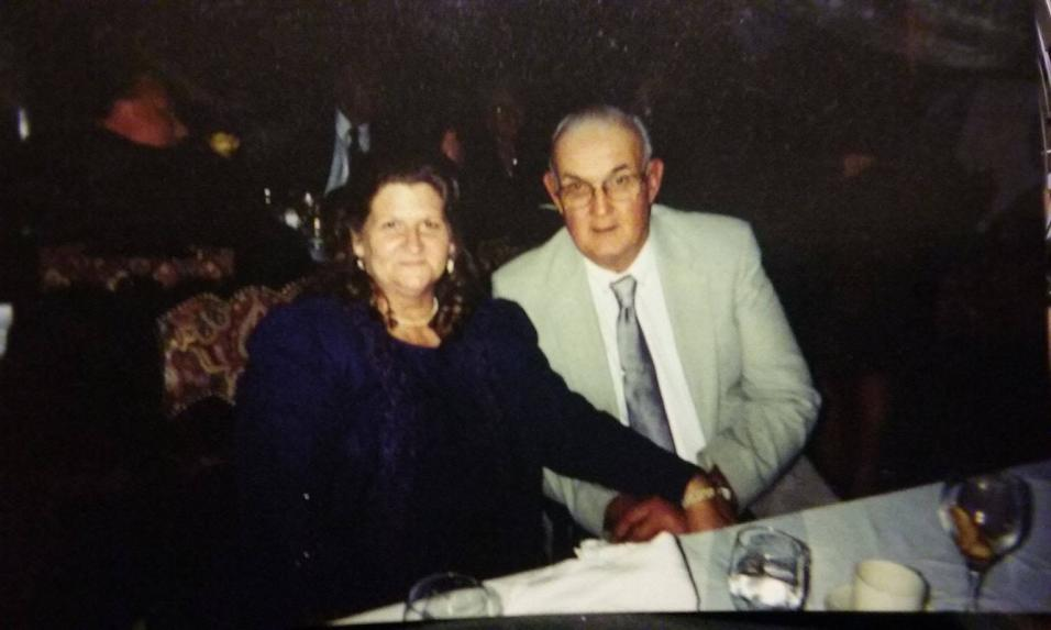 Dennis Neil Johnson de 77 años y Sara Johnson de 68 años.