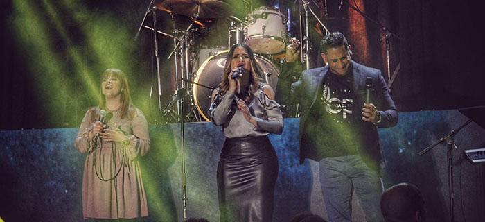 Abraham y Bethliza presentan su nuevo sencillo «Una Nueva Canción»
