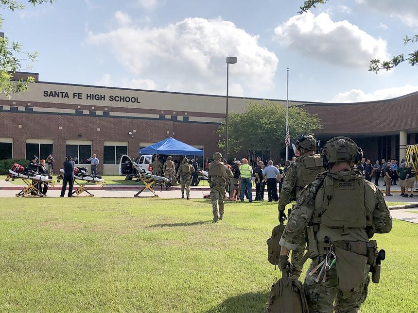 2018. Secundaria Santa Fé, en Houston, Texas. Un tiroteo en una escuela secundaria en Texas dejó