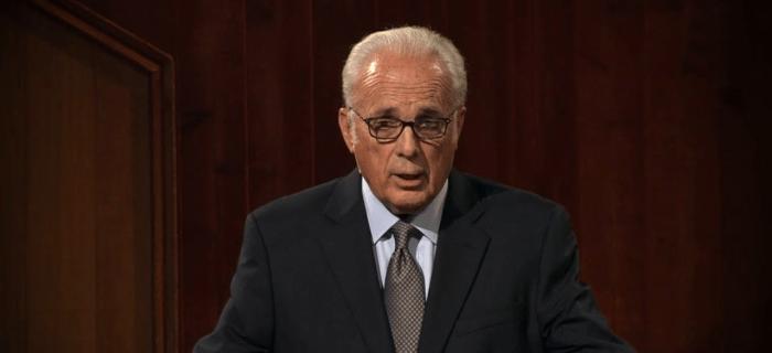 """""""Algunos evangélicos complacen la cultura""""- John MacArthur"""